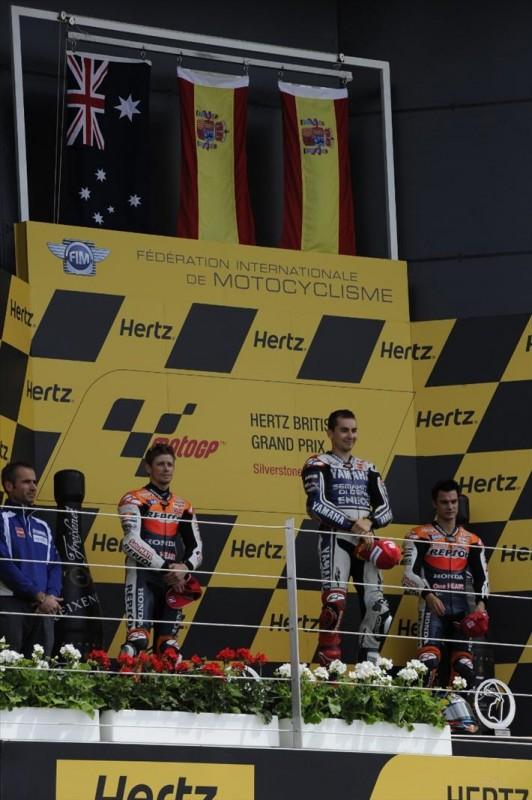 Подиум Гран При Великобритании: Хорхе Лоренцо, Кейси Стонер, Дани Педроса