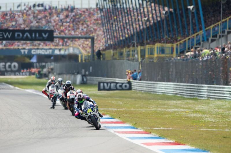 MotoGP, 2012 Iveco TT Assen, Aleix Espargaro leading group of riders.
