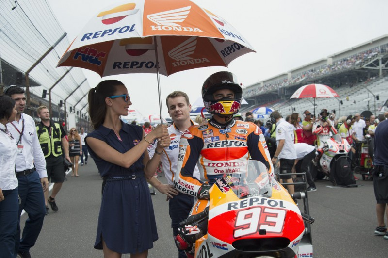 Marc Marquez of Spain and Repsol Honda Team prepares to start from the grid during the MotoGP race during the MotoGp Red Bull U.S. Indianapolis Grand Prix - Race at Indianapolis Motor Speedway on August 9, 2015 in Indianapolis, Indiana.