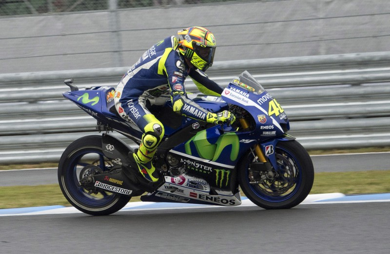 Valentino Rossi of Italy and Movistar Yamaha MotoGG heads down a straight during the MotoGP race during the MotoGP Of Japan - Race at Twin Ring Motegi on October 11, 2015 in Motegi, Japan.